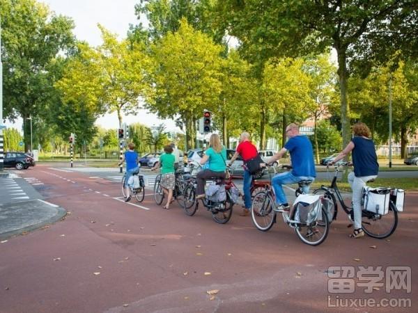 【行前准备】荷兰移民留学行前注意事项