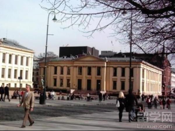 挪威留学本科费用是多少?