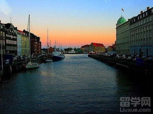 2017年丹麦留学多少钱?可以打工吗?