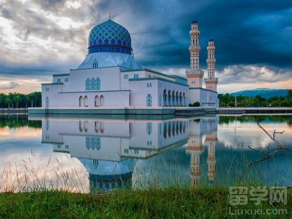 2017去马来西亚留学要花多少钱?