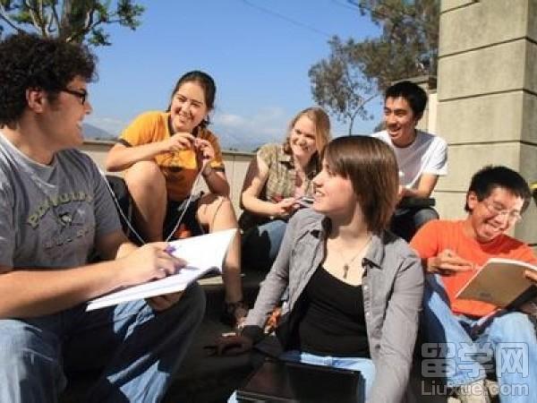 美国波士顿大学对于雅思成绩的要求是多少?