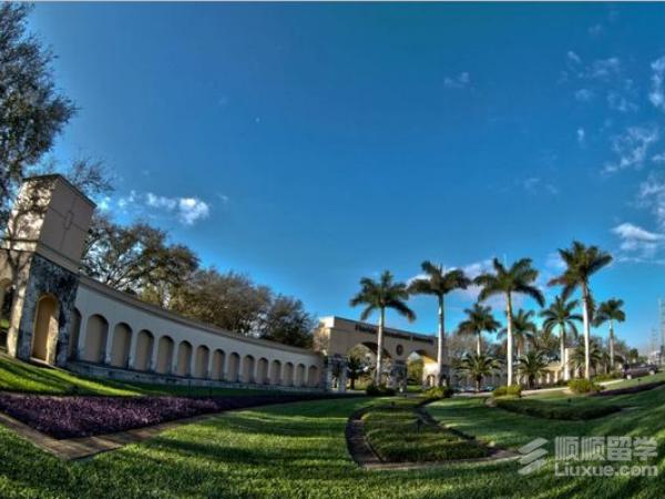 美国佛罗里达国际大学有什么优势?
